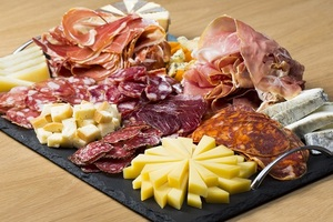 Eat with locals: La dégustation de vins et de fromage...