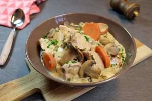 Cenas particulares como en su propia casa: Blanquette de veau à l'ancienne, riz basmati et tarte aux fraises