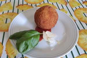 Eat with locals: Sicilian dinner