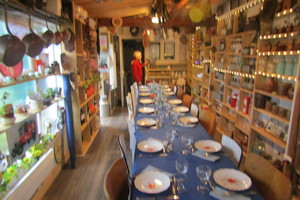 Eat with locals: Soirée charcuteries et fromages