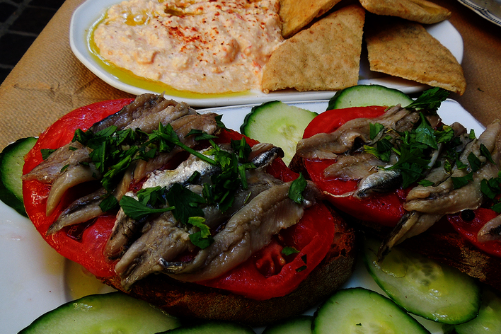 Food odyssey. a  historical  culinary walking tour of chania
