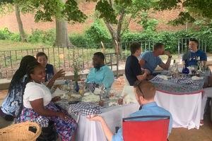Eat with locals: Diner en not so blanc