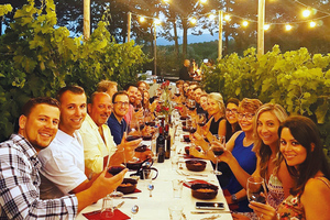 Eat with locals: Dinner in chianti vineyards