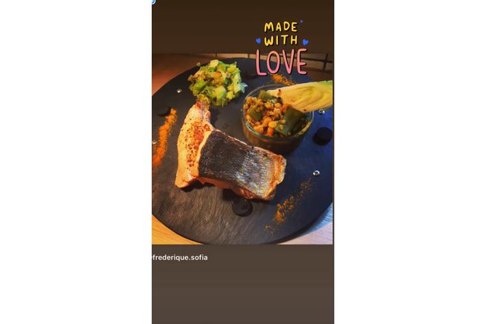 Un peu d amour pour nos soignants livré dans un plat