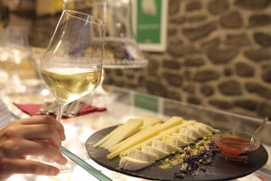 Eat with locals: Where do romans eat? ⭐ food & wine tour in rome's city center