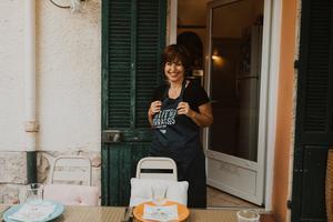 Eat with locals: Venez partager avec martine un déjeuner aux senteurs de provence
