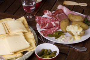 Eat with locals: Raclette party in canberra!!