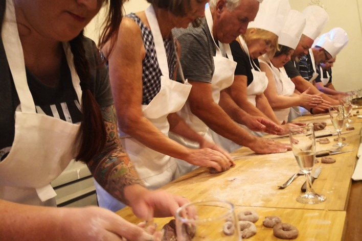 Sunset cooking class in the hearth of the jewish ghetto