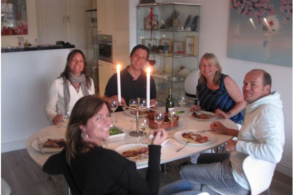 Dinner at the artist studio prosecco (included wine)