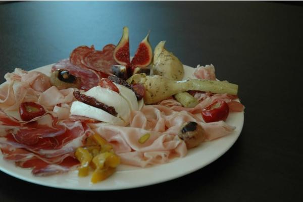 Italian clandestine dinner