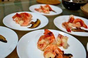 Eat with locals: Dinner menu- minimum 8 pax.
