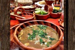 Eat with locals: Carne en su jugo from jalisco