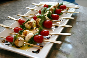 Eat with locals: The perfect pairing - a wine & cheese event