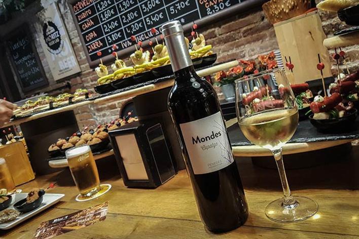 Tapas & wines tasting