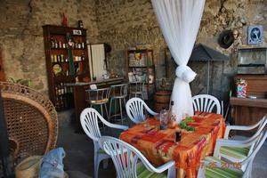 Eat with locals: La bonne cuisine de nos regions : rhone alpes