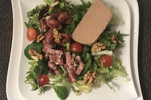 Eat with locals: French dinner in paris center : south west gastronomy